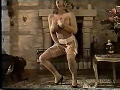 Vintage busty sluts serving sex hungry guys