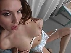 Sexy Jamie Lynn stripping and teasing you!