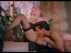 Classy blond fucked by Peter North - vintage porn